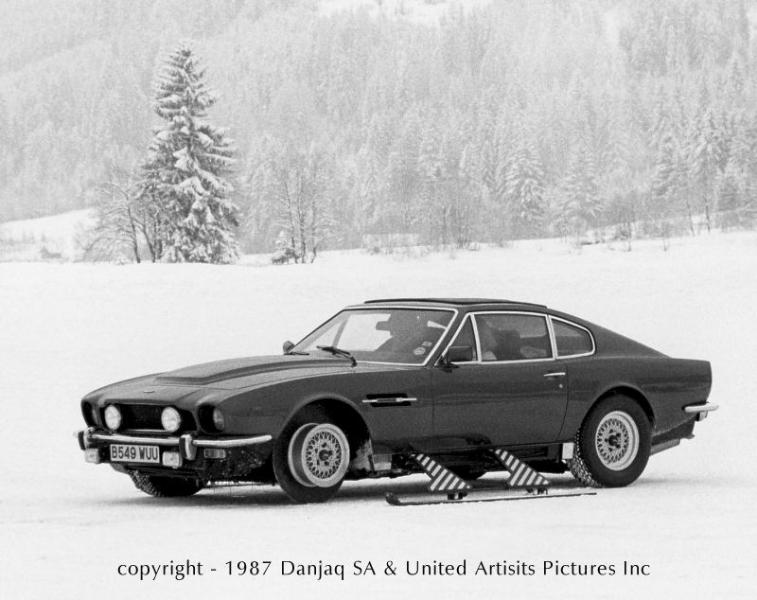 007 V8 Vantage / V8 Volante « Aston Martins.com