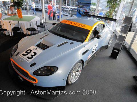 V8 Vantage GT2